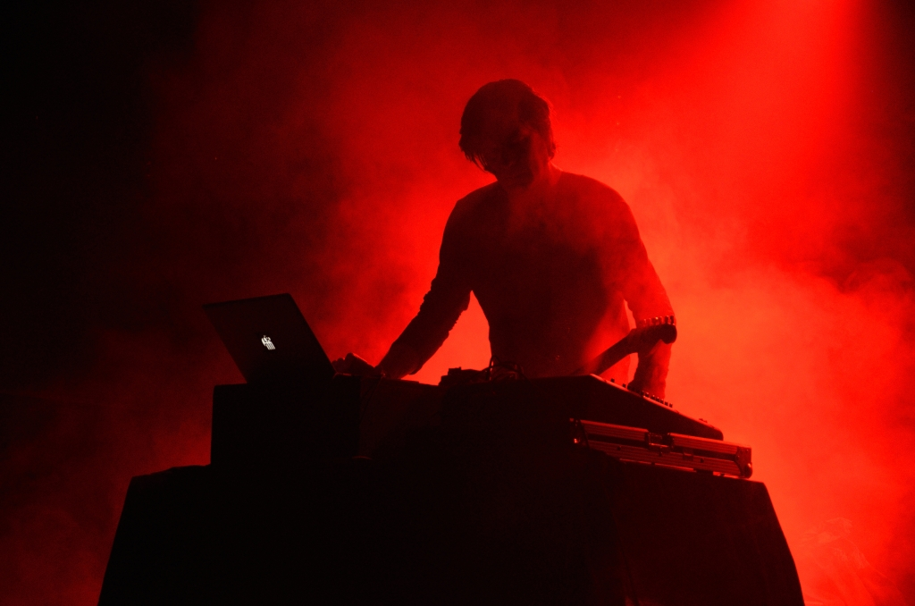 Transient, Festival, Sin Chromatic, Mains d'Oeuvres, 2014, Fennesz